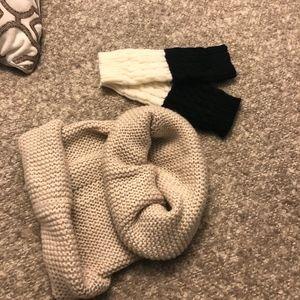 H&M Ecru Neck warmer ( FREE !! -Leg warmer)
